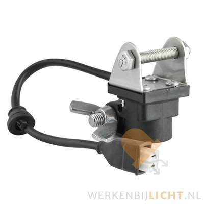 Tube (DIN) clamp adapter with AMP Faston connector